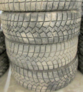 4 Goodyear Ultra Grip Ice LT245/75/16 - 70-80% Goodyear Ultra Gr