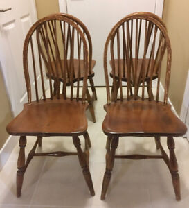4 Windsor chairs made by Owen Sound Chair Company, c. 1912-37