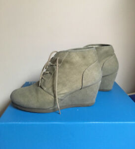 Lace -up Canvas Wedges