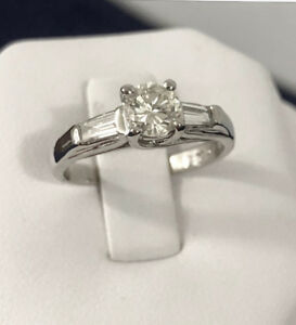 Platinum diamond engagement ring^Certified at $,7000 / Beauty !