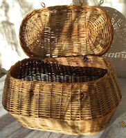 Antique Wicker Picnic Gift Basket      Watch     |     Share