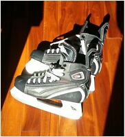 Men's hockey skates in excellent condition - size 10