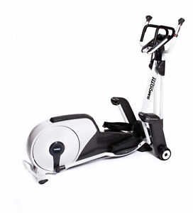 Smooth Fitness Elliptical