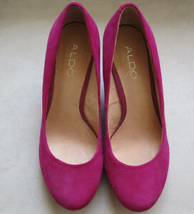 Aldo shoes Magenta size 38 3.5 inch wedge heels LIKE NEW West Island Greater Montréal image 1