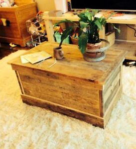 Handmade wooden triunks / toy boxes