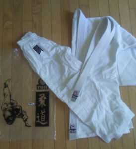 Judo Uniform Kuji 100 %  coton size 2 ( 100 to 110 pds)