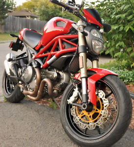 SOLD - Ducati Monster 1100 EVO 2012