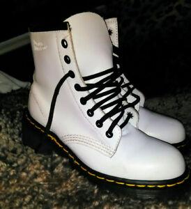 Doc Martens women's boots (brand new)