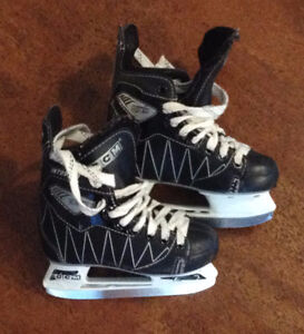CCM Hockey Skates - Kids size 11
