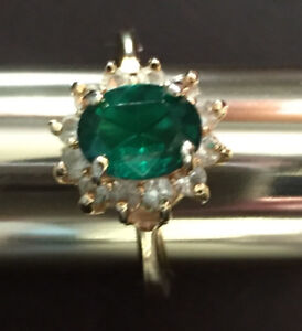Vintage Faux Emerald/Diamond Ring