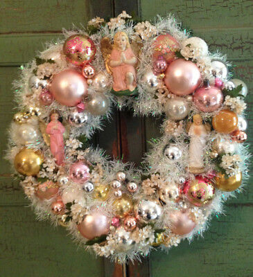 Vintage CHRISTMAS Ornament WREATH Custom Made * Chalkware Angels * PINK * Flower