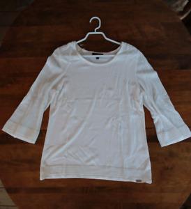 Melanie Lyne white tunic