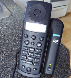 Siemens 242 2.4 GHz Cordless Phone with Caller ID (Black)