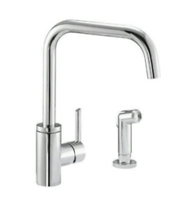 SINGLE HANDLE KITCHEN FAUCET W/ SPRAY