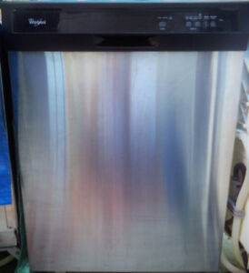 WHIRLPOOL STAINLESS STEEL DISHWASHER FOR SALE!