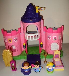 Fisher Price Lil' Kingdom Princess Palace with Trumpets
