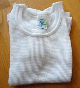Unisex kid's white thermal layering shirt crewneck Size 6 NEW