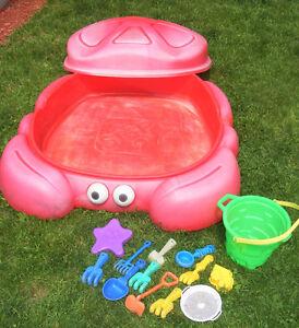 Bac à Sable Carré de Sable Step 2 Crabe avec jouets