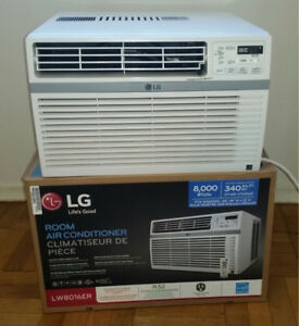 LG window air conditioner 8000BTU. Like new condition.