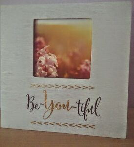 "MINT CONDITION ""BE-YOU-TIFUL"" PICTURE FRAME Cambridge Kitchener Area image 1"