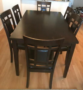 Dining table with 6 chairs - Dark brown color