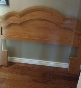 Full/Queen Country Pine Headboard