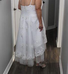 Robe de mariée asymétrique de 2016