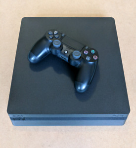 1tb PlayStation 4 Slim with Game