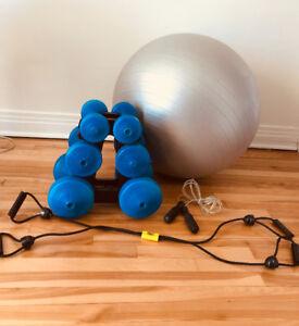 Poids , ballon, corde à danser, élastique d'étirement