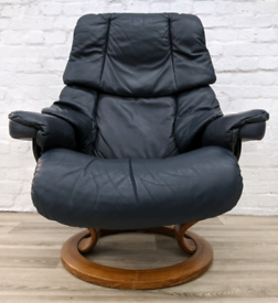 Ekornes Stressless reclining armchair (DELIVERY AVAILABLE)