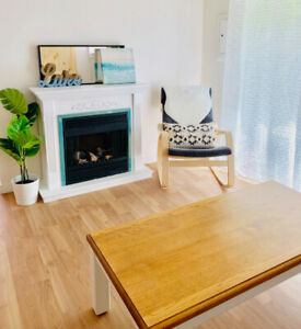 Beachside Cottage in beautiful Penticton  Short Term Rental