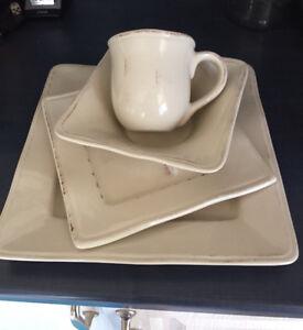 Set de vaisselle (4) Stokes Ivory