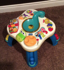 Activity Table (BRIGHT STARTS Having a Ball Get Rollin table) Windsor Region Ontario image 1