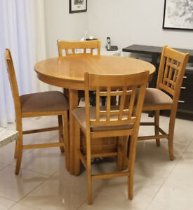 Table and 4 chairs with extension Bar pub Height