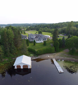 Waterfront home - French River