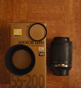 FOR SALE- NIKKOR ZOOM LENS