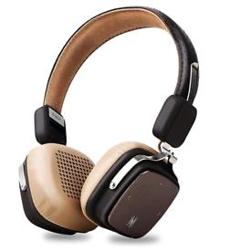 Premium quality wireless foldable headphones with deep bass
