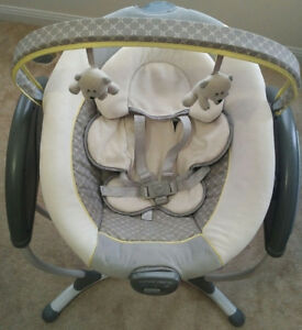 Graco Glider XL baby swing ***$120*** Excellent Condition