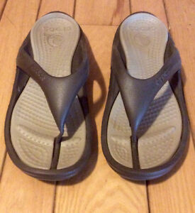 Men's Brown Crocs Sandles, Size 13 - St. Thomas