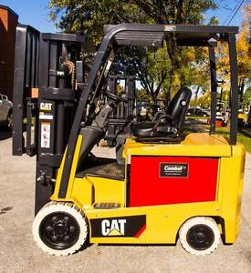"2014 CATERPILLAR ELECTRIC FORKLIFT EC30N,,188"" HIGH WITH SIDE SHIFT"