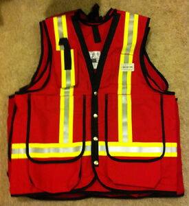 Surveyor/Supervisor Safety Vest Edmonton Edmonton Area image 2
