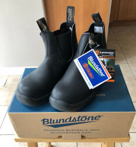 BlundStone shoe ( new in box)