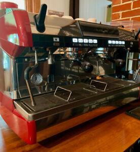 Machine à café Espresso Simonelli Aurelia II volumétrique
