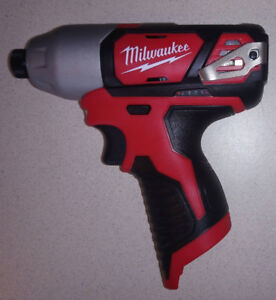 Milwaukee M12 Cordless LITHIUM-ION Impact Driver