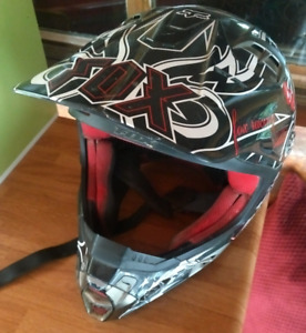 SNELL Helment