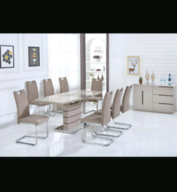 Brand New High Gloss Extending Dining Table with 6 Chairs