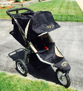 BOB STROLLER - Revolution - Great Condition