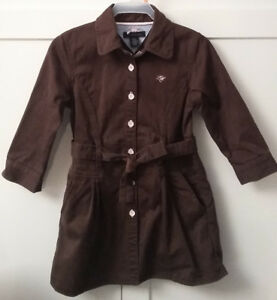 Tommy Hilfiger Brown Shirt Dress in size 92 cm (1 1/2-2 years)