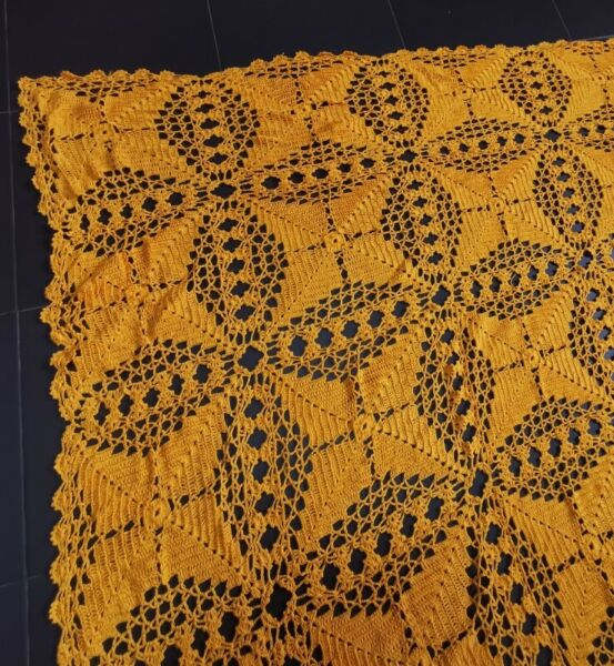 Knitted Table Cloth Rectangle Orange