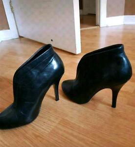 Leather Aldo heels size 8 $30